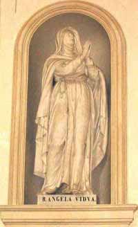 0104 B Angela Foligno