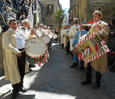 Gangi i tamburinara