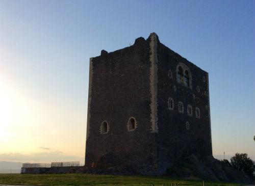 PATERNO castello normanno