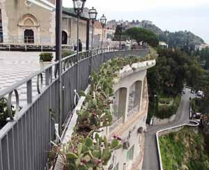Taormina piazza_IX_Aprile