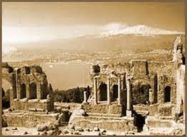 Taormina teatro greco Etna