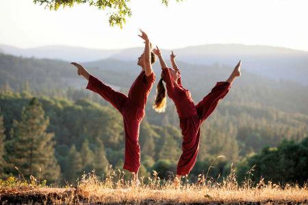 findinghappinessmovie - Ridge-Dance2