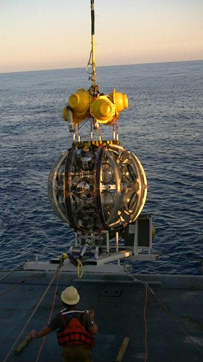 sottomarino neutrini Km3NeT